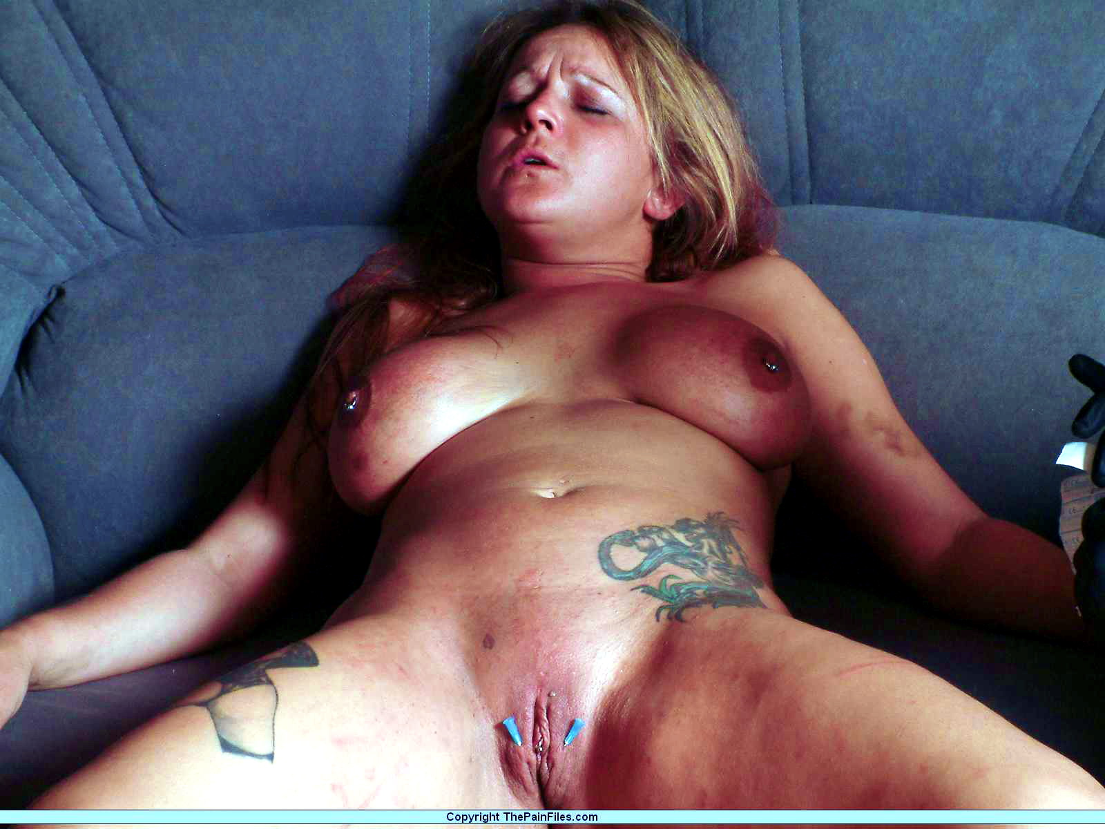 Пытки с зашитой пиздой 13 фотография