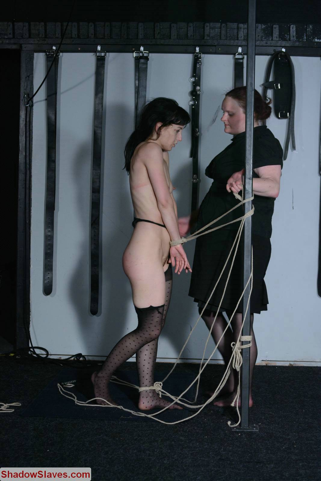 Agony of elise graves in facial humiliation and extreme whip 7